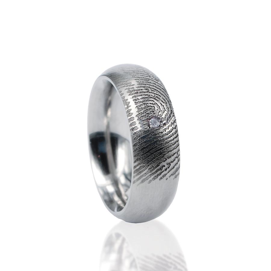 0115-01 Vingerafdruk ring met steen