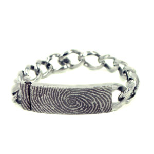 0306-00 Armband met vergrootte vingerafdruk