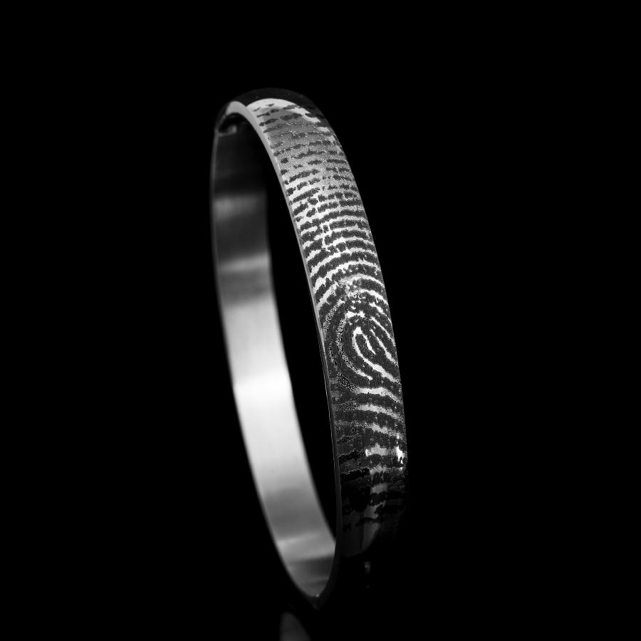 0309-00 Armband met vergrootte vingerafdruk