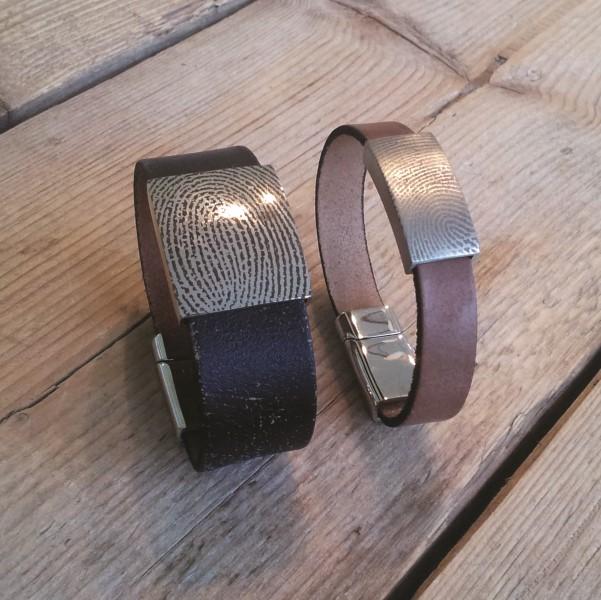 0315-xxx Leren armband met vingerafdruk in het schuif
