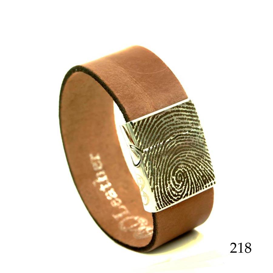 0301-218 Leren armband met vingerafdruk