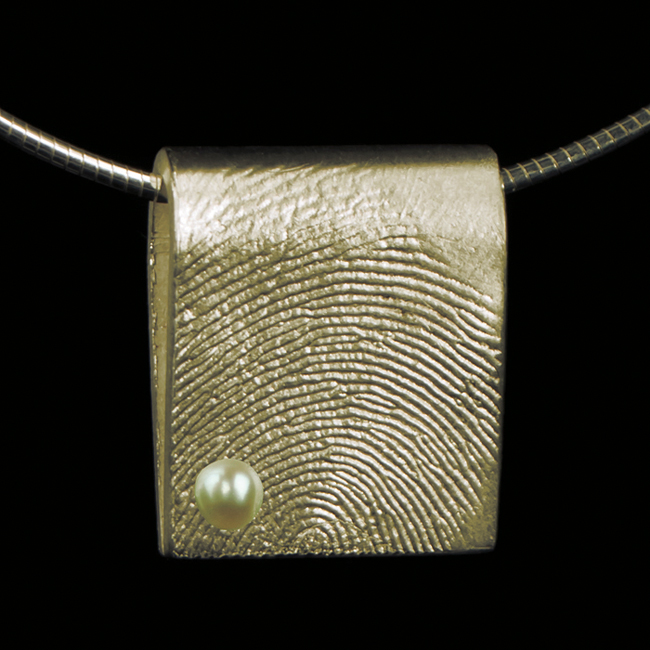 0213-20 Rechthoekige hanger met parel