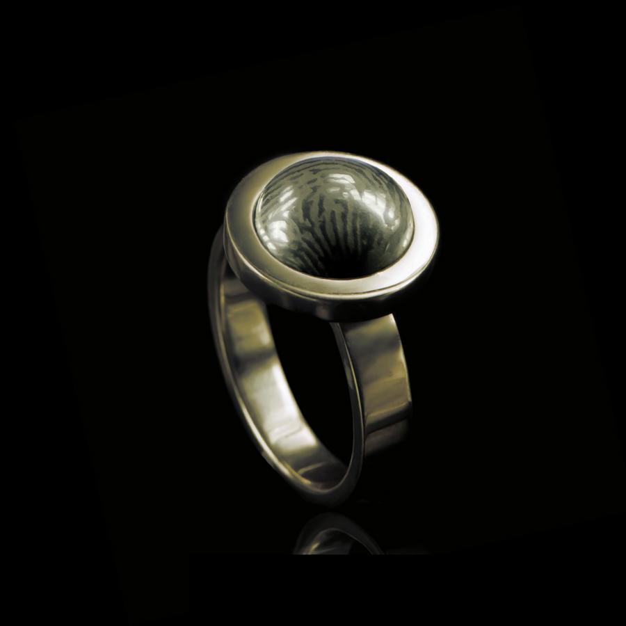 0114-00 Ring met ronde vingerafdruk steen