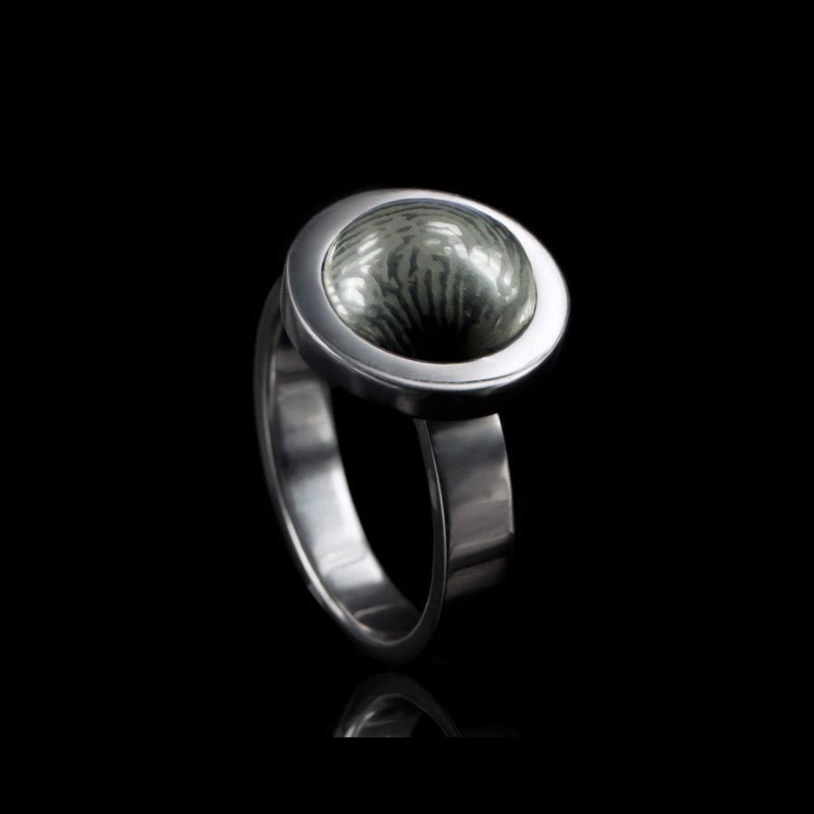 0114-00 Ring met vingerafdruk steen