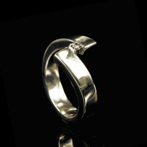 1100-10 Ring met steen
