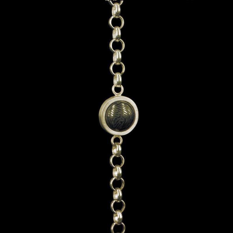 0305-00 Gouden armband met vingerafdruk van steen